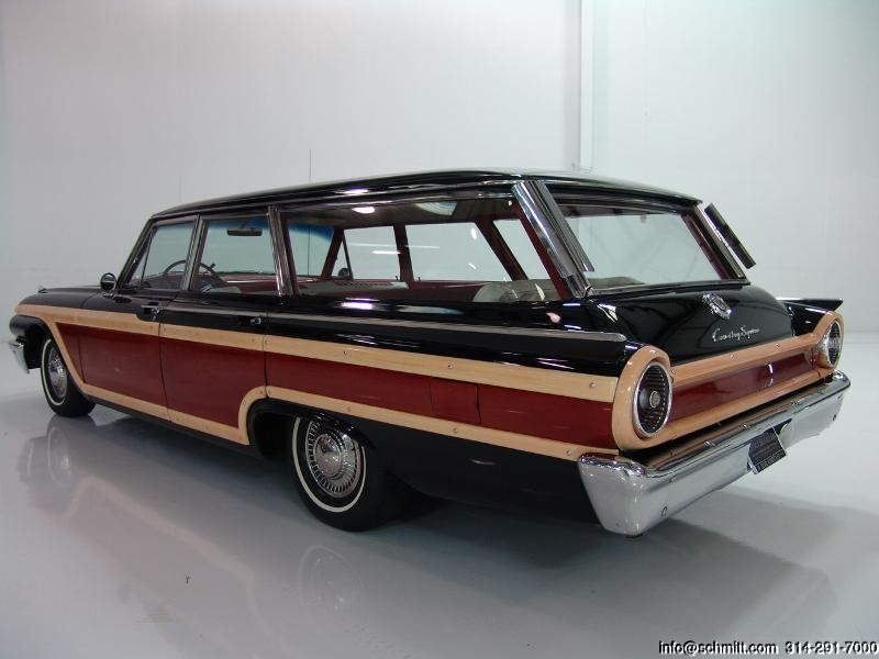 1961 Ford Country Squire 9 Passenger Station Wagon