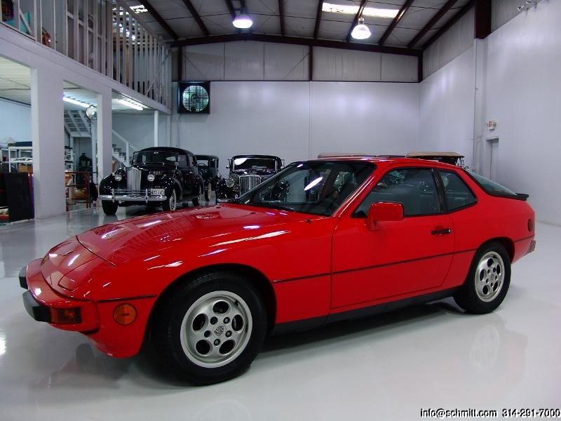 1987 PORSCHE 924S — Daniel Schmitt & Company
