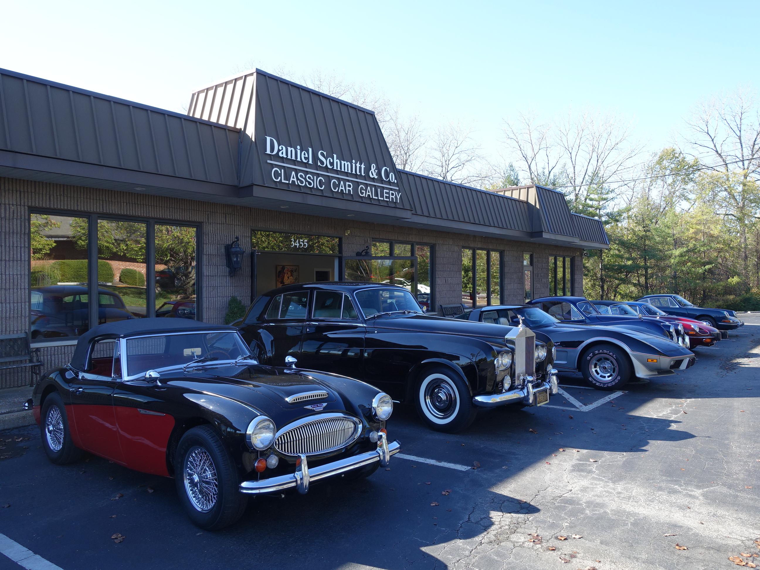 Daniel Schmitt & Co. Classic Car Gallery St. Louis, classic cars for sale, daniel schmitt lower showroom, luxury cars for sale, vintage and collector cars