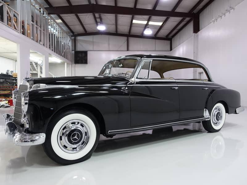 1960 Mercedes-Benz 300d Adenauer Sedan