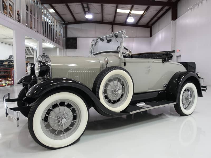 1929 FORD MODEL A SUPER DELUXE ROADSTER REPLICA – Daniel