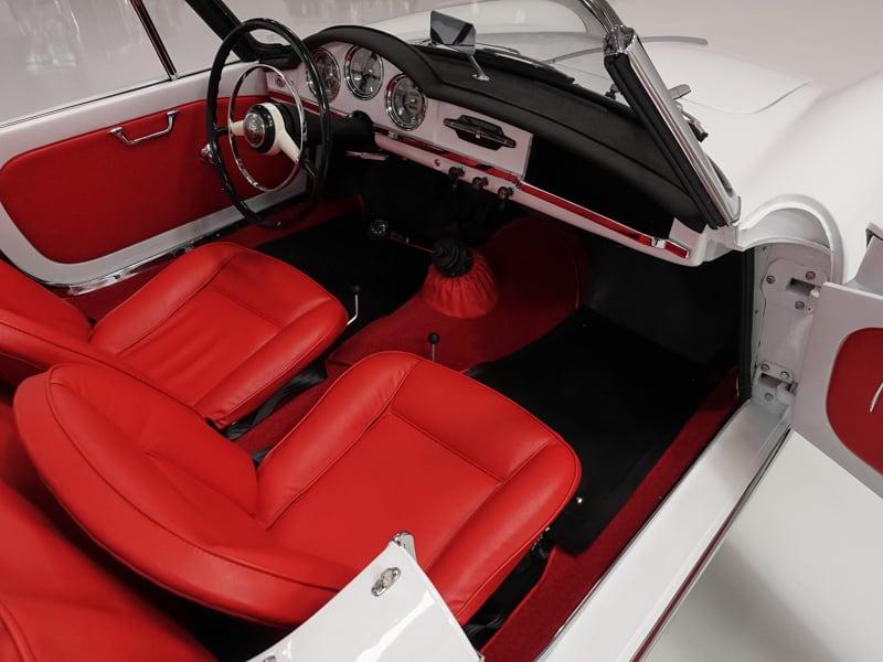 1959 Alfa Romeo Giulietta Spider 750F Veloce | Gorgeous Pininfarina bodywork: 1959 Alfa Romeo Giulietta Spider 750F Veloce | Correct Veloce spec 1,290 engine