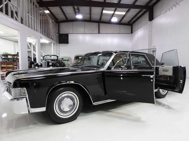 1965 Lincoln Continental Sedan for sale at Daniel Schmitt & co., classic continental for sale. Daniel Schmitt classic car gallery, lincoln continental, low miles continental