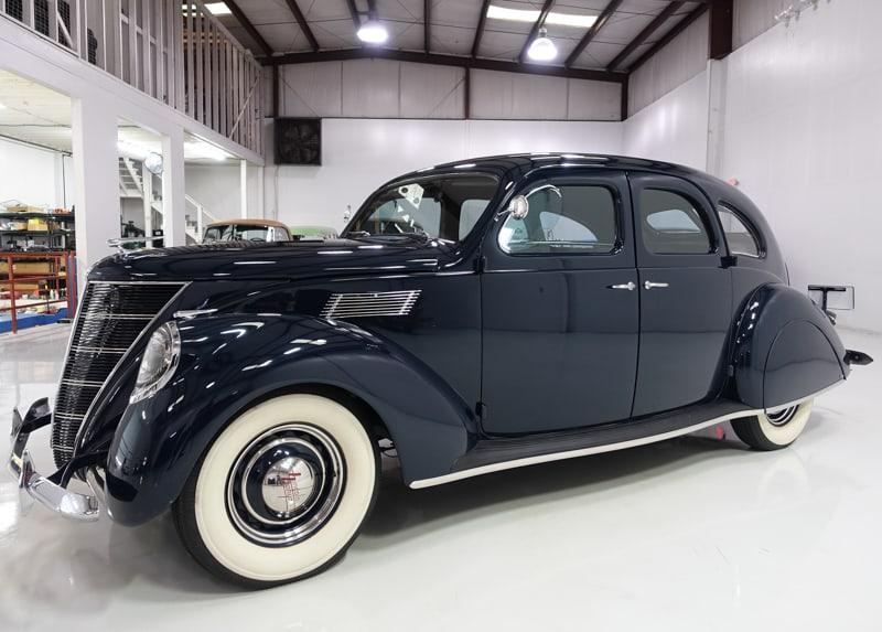 1937 Lincoln Zephyr Sedan Daniel Schmitt Company