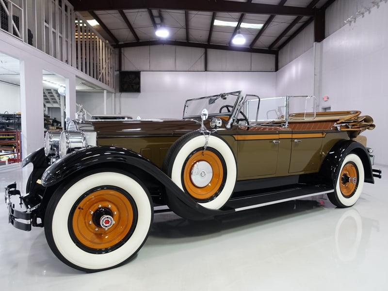 1928 Packard Eight Model 443