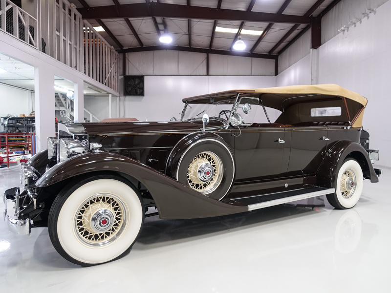 1933 Packard Model 1004 Super Eight Touring