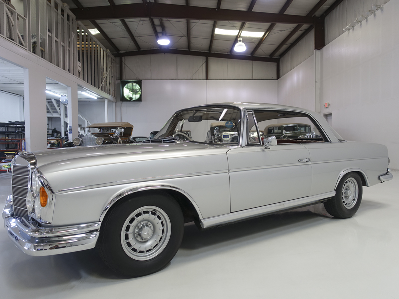 Mercedes Benz 300SE Sunroof Coupe
