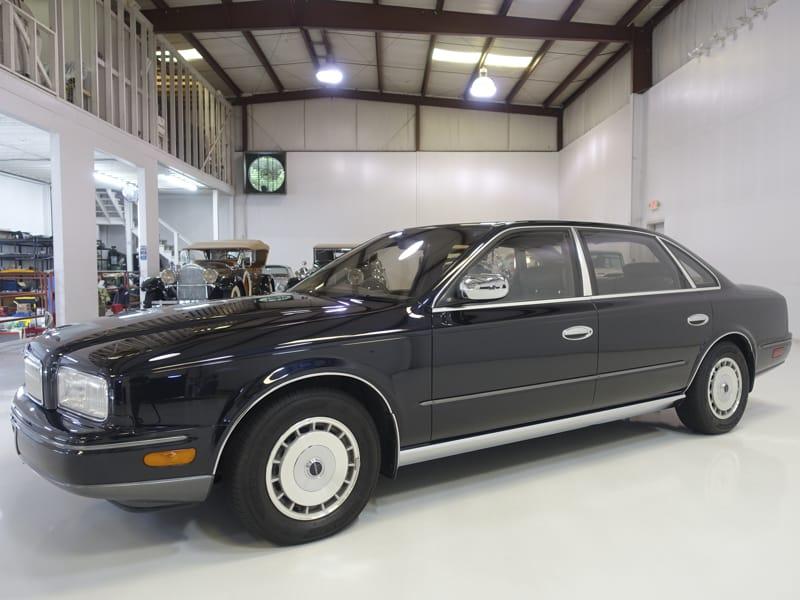 1991 Nissan President Sovereign Luxury Sedan