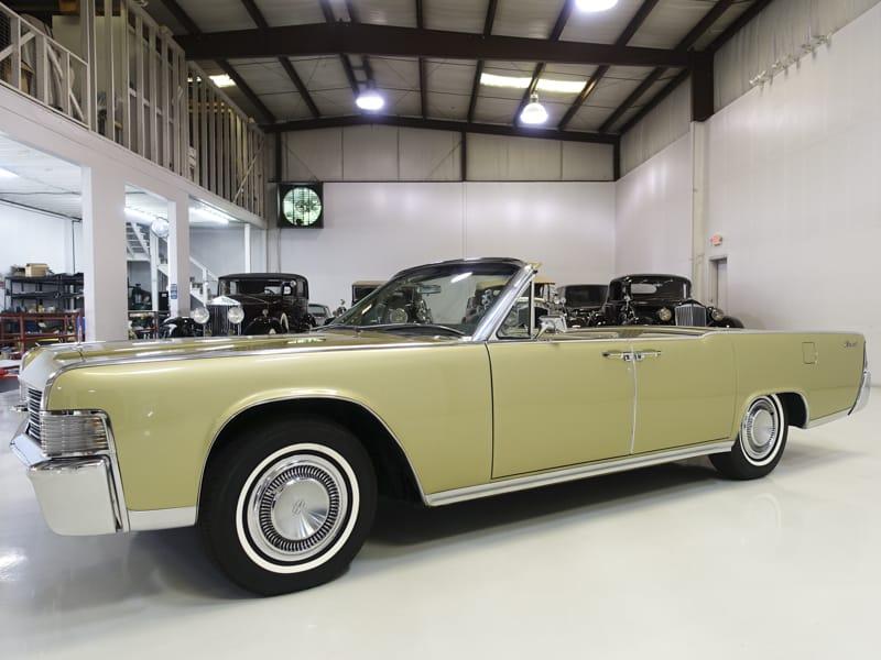 1965 Lincoln Continental Convertible for sale at Daniel Schmitt & Co. in Saint Louis, Missouri