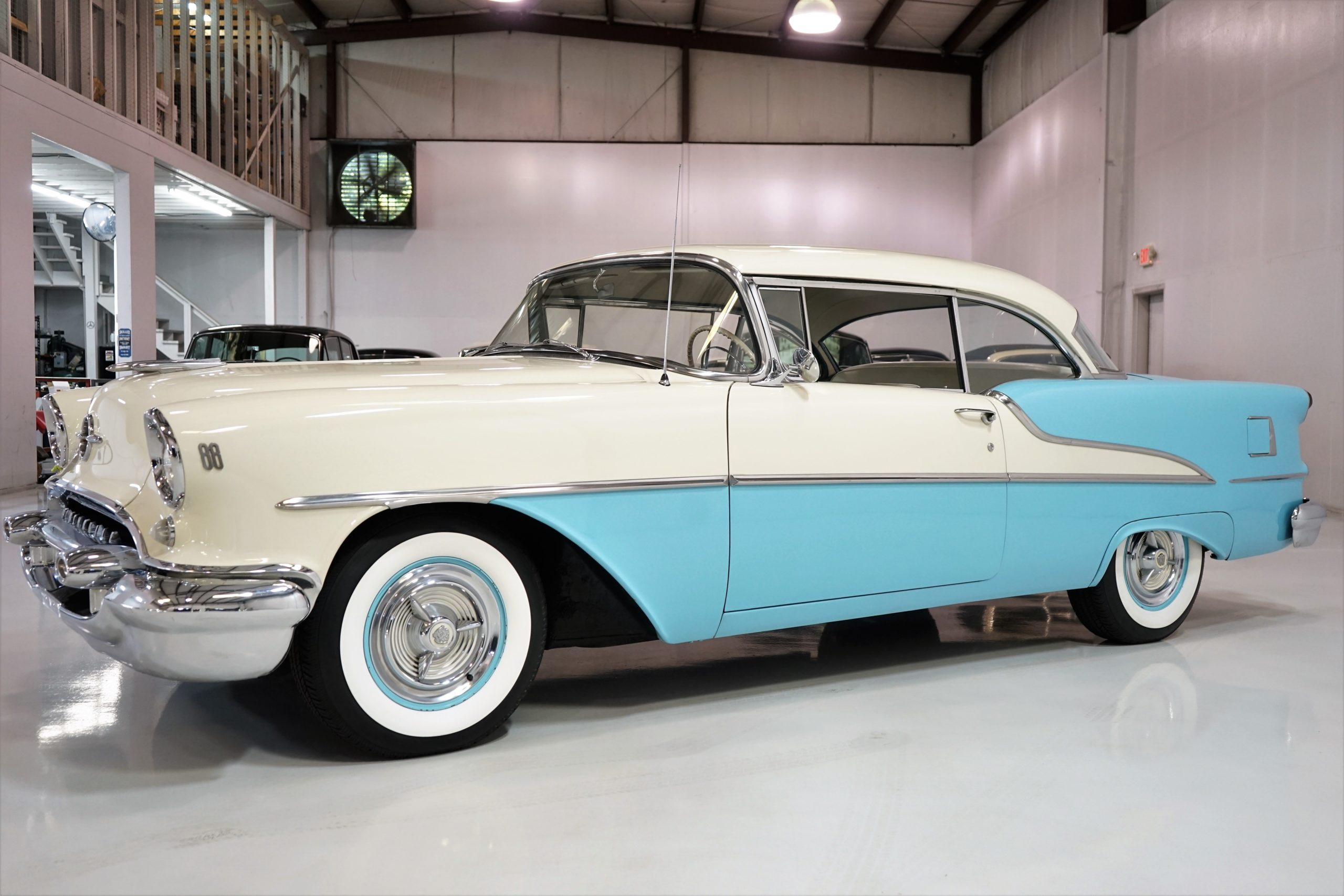 1955 Oldsmobile Super 88 Holiday Hardtop Coupe