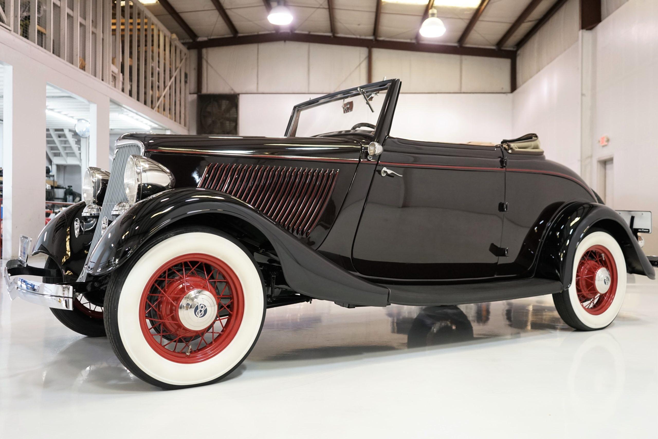 1933 Ford Model 40 Roadster (1)